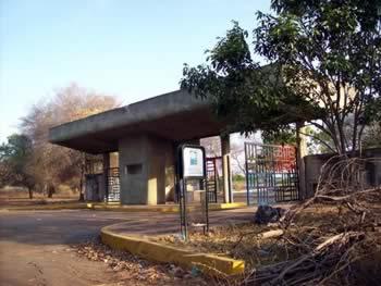 Deterioro del jardin botanico; Maracaibo, Venezuela
