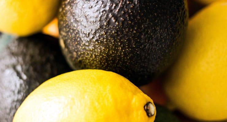 Aguacate y limón para combatir la tensión nerviosa y estrés