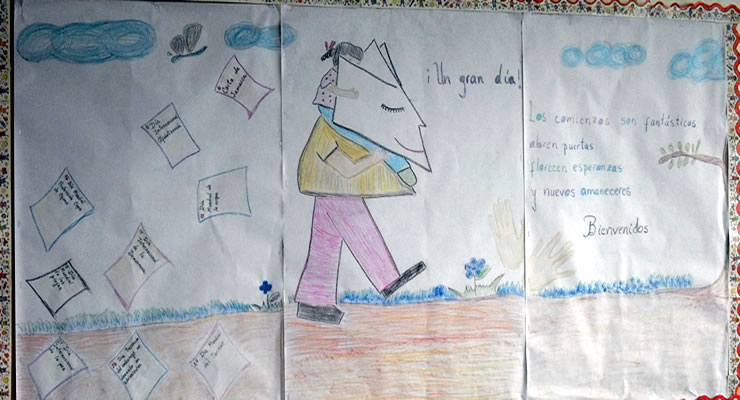Imagen 1. Cartelera de Bienvenida para el grupo de Sexto Grado. Elaborada con crayones de cera y papel bond.