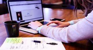 Educación en la sociedad de tecnologías de la información